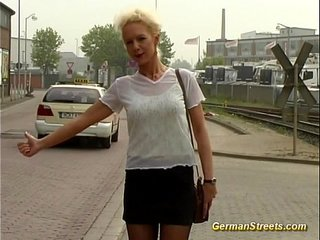 pickup German for backseat facial